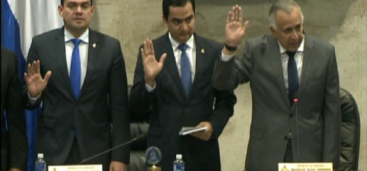 New Board of Honduran National Congress Sworn In