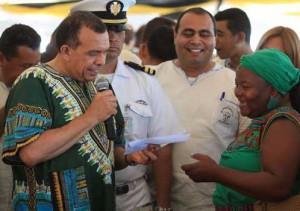 honduran president with garifuna