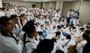 Honduras Interns End Strike