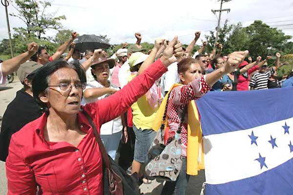 Honduras: On Brink of Congressional Warfare