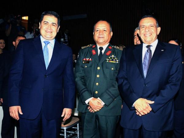 Julián-Pacheco-Tinoco-with-Juan-Orlando-Hernandez-and-Pepe-Lobo