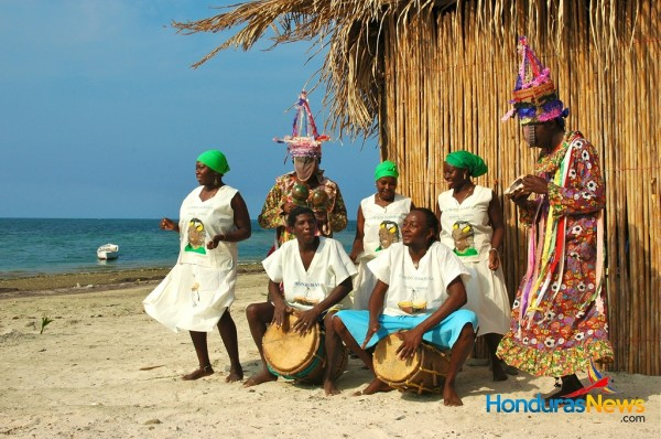 Garifuna Traditional Dance -Punta Gorda Roatan Honduras