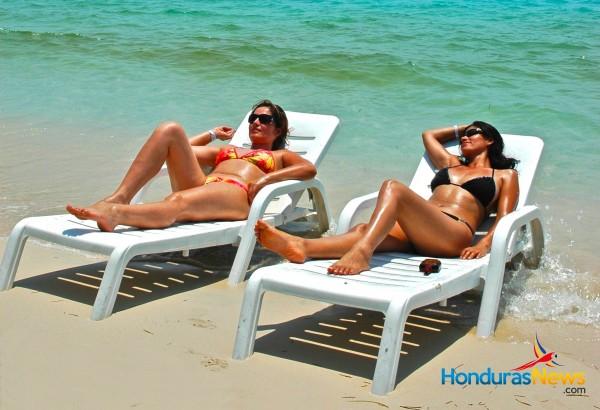 Tourist on the-Beach in Roatan, Honduras - West Bay