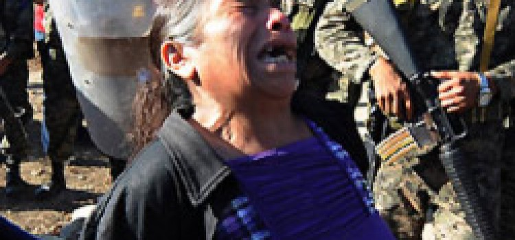 Relatives Awaiting Remains from Honduras Prison Fire