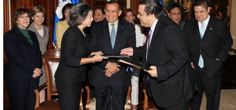 Honduras Signs Security Understanding with the USA