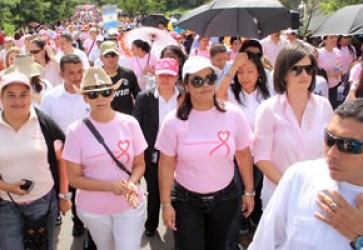 Honduras First Lady Encourages Fight Against Breast Cancer