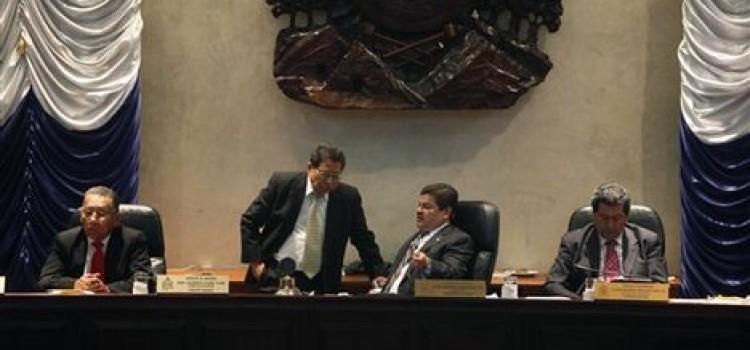 Honduran Congress Votes for Impeachment