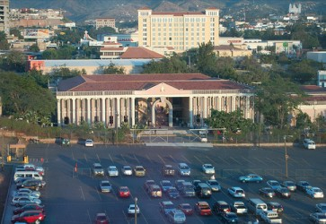 Honduras Congress approves measures against the Supreme Court