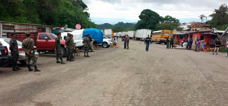 Armed Forces Dispatched to Las Manos Border