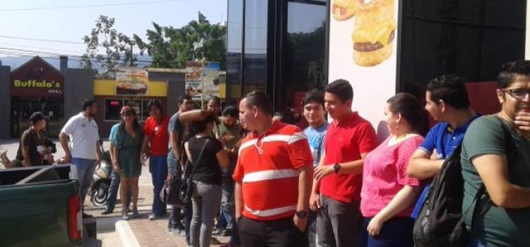 Carl's Jr. Opens Second Honduras Location