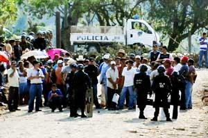 Honduran farmers protest