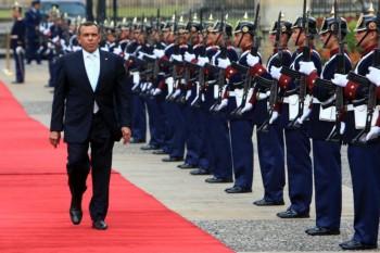 honduras president in columbia