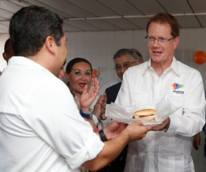 President of Honduras Presents Hamburger