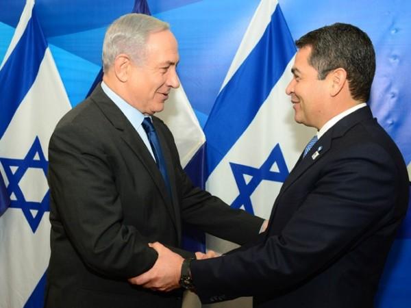 Israeli Prime Minister Benjamin  Netanyahu with Honduras President Juan Orlando Hernández
