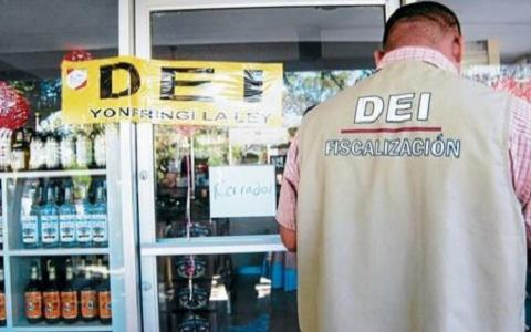 DEI Closes Businesses in Roatan for Alleged Tax Evasion