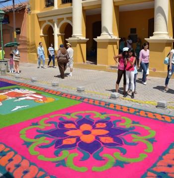 Easter-in-Honduras-Semana-Sanat-en-Honduras-Comayagua--Saw-Dust-Carpets